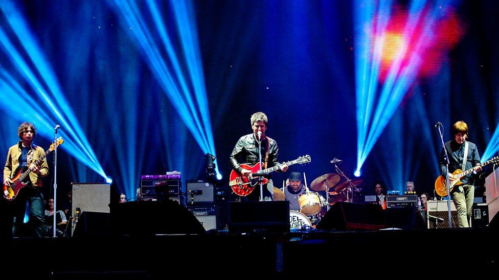 Noel Gallagher's High Flying Birds Soar Over Barcelona